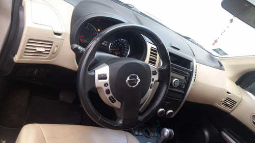 Camioneta Nissan X-trail Advanced Piel Año 2012