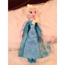 Elsa De Película Frozen De Peluche De La Disney Store.