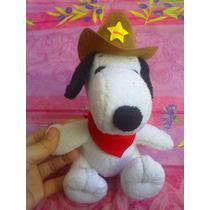 Snoopy De Peluche Con Tejana