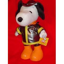 Snoopy Bombero Solo Los Mejores Personajes Con Depeluche