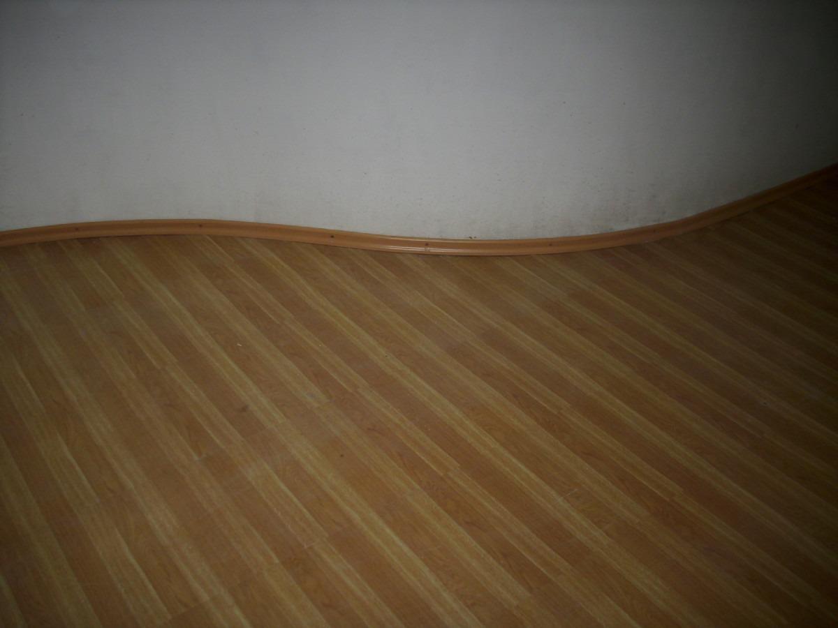 Piso vinilico tipo duela azulejo o parquet en oferta 85 m2 for Casa de pisos y azulejos
