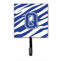 Letra Q Inicial Raya Del Tigre Azul Y Titular De La Correa B