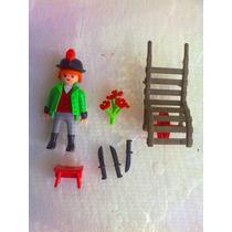 Playmobil Chico Romantico Con Accesorios