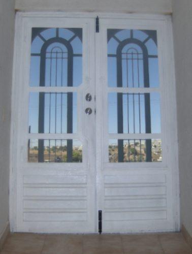 Puertas de herreria pictures to pin on pinterest pinsdaddy for Puertas de herreria de cuadros