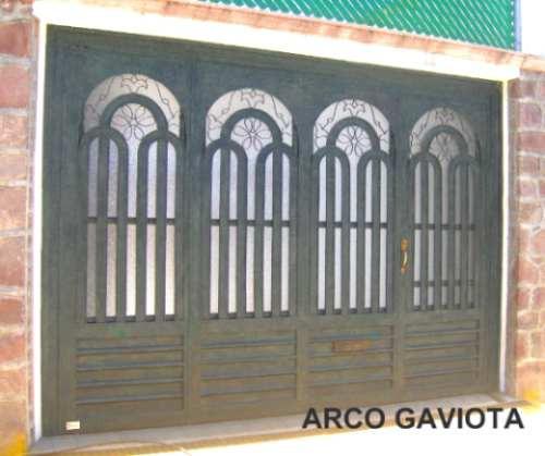 Related pictures disenos ventanas car interior design for Puertas de herreria forjada