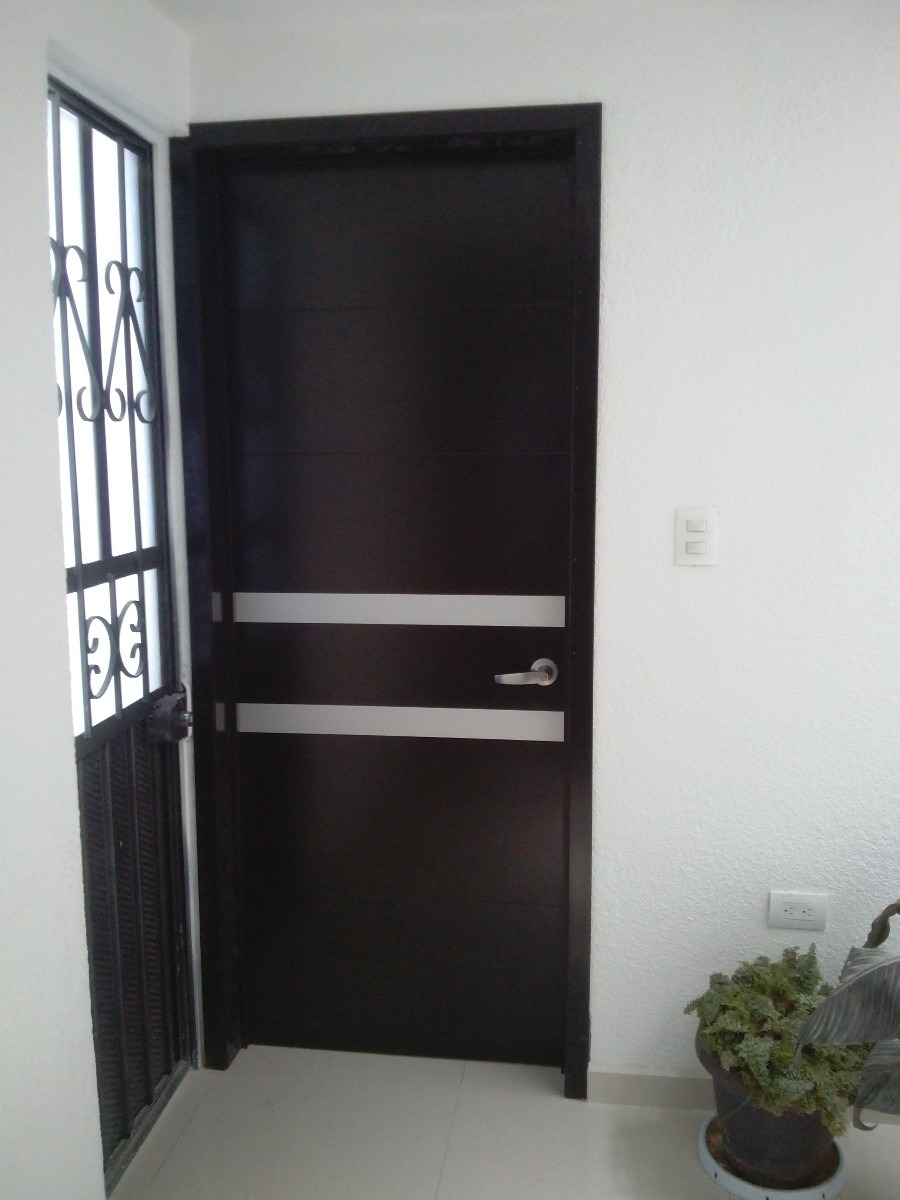Decorar cuartos con manualidades puertas de madera para for Puertas de madera para habitaciones