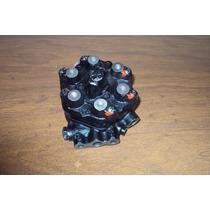 Distribuidor De Gasolina Bosch 0438100105 Volvo 760 Series