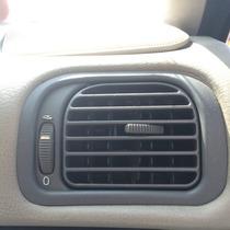 2002 Volvo S40 1.9 Rejilla De Aire Acondicionado