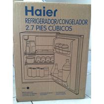 Refrigerador 2.7 Pies3 Haier (accesorios) Como Nuevo!