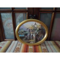 Cromo Con Reloj Marco Ovalado Dorado De Coleccion