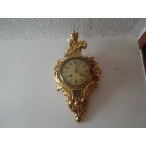 Reloj Tallado En Madera Y Dorado De Origen Sueco Circa 1940