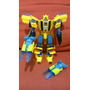Transformers Generations Bumblebee Deluxe Class 30 Años 2014