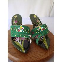 Zapatillas Decorativas Vietnamitas