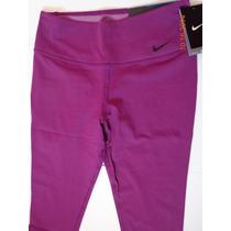 Capri Nike Legendary