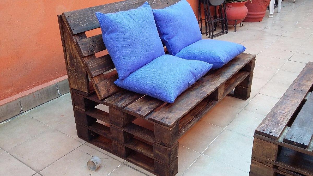 Sala palet vintage madera reciclada pallets tarima for Sofa cama de madera reciclada