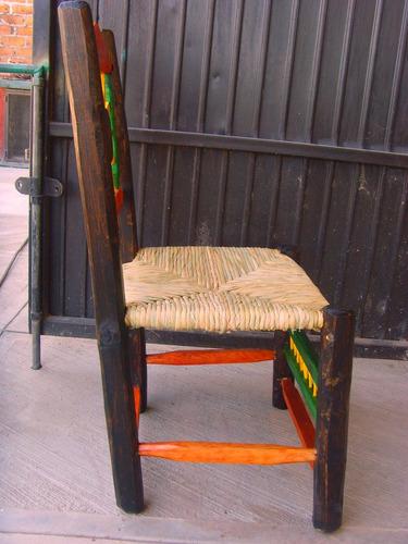 Silla artesanal de madera estilo antiguo gran calidad for Puertas de madera estilo antiguo