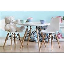 Paquete Sillaby Mesa Infantil Eames Wood Leg / By Samma Home