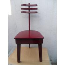 Silla Vintage De Tres Patas Restaurada