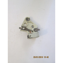 Porta Carbon Alternador Gm Cutlass Cs121 Cs130