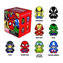 Figura Kidrobot Marvel Serie Micro Munny Acción