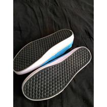 10221418-tennis Vans