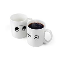 2 Tazas Mágica Wake Up Despierta Cambia Con Calor Fred Café