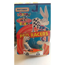 Matchbox Looney Tunes Bugs Bunny Pro Racers D Coleccion 1/64