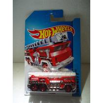 Hot Wheels Camion Bomberos 5 Alarm Rojo 41/250 2014