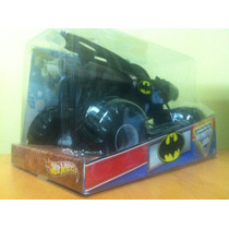Hot Wheels Batimovil , Batmobile 2012 Mosnter Jam 1:24