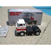 Tracto Camión Hino He366 De Tomica Limited Vintage 1:64 Vv4