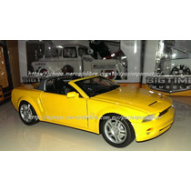 1:24 Ford Mustang Gt Convertible Concept 2003 Motor Max