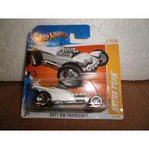 Hot Wheels Astro Funk Blanco 27/244 2011 Tc