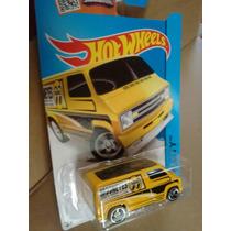 Hotwheels Custom 77 Dodge Van