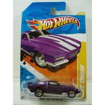 Hot Wheels Blvd Bruiser Morado