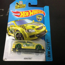Hot Wheels Audacious Amarillo De Brasil