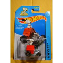 Snoopy Kool Kombi Batimovil Datsun Modelos Hotwheels 2015
