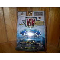 M2 Machines Ford 1957 Ford Fairlane Mex01 Policia Mexico