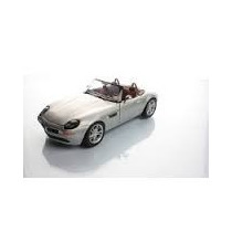 Bmw Z8 1:87 Malibu Series Con Exhibidor