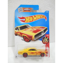 Hot Wheels Flames 69 Dodge Charger Amarillo 91/250 2016