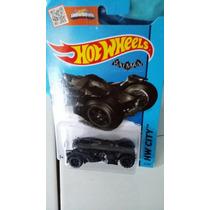 Hotwheels Batman Arkham Knight Batmobile
