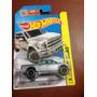 Hot Wheels 15 Ford F-150 (plateada)