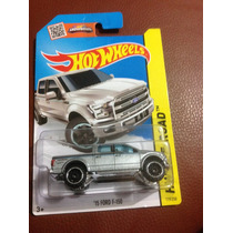 Hot Wheels 15 Ford F-150 (plateada)