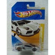 Hot Wheels Lamborghini Aventador Lp 700-4 Plateado 1:64 2012