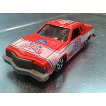 Ertl - Ford Thunderbird M.i. Hong Kong