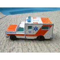 Ambulance De Matchbox Setentas 1:64 Hm4