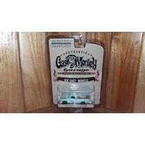 Greenlight Dodge 1964 D 100 Sweptline Gas Monkey Garage 1/64