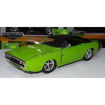 1:24 Dodge Charger R/t 1970 Verde Jada Display