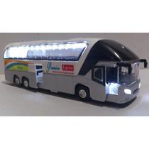 Autobus Neoplan Escala Gris-blanco