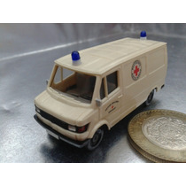 Wiking - Mercedes Benz Ambulancia M.i. Germany Berlin