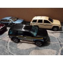Fan Autos Set 4 Camionetas F106